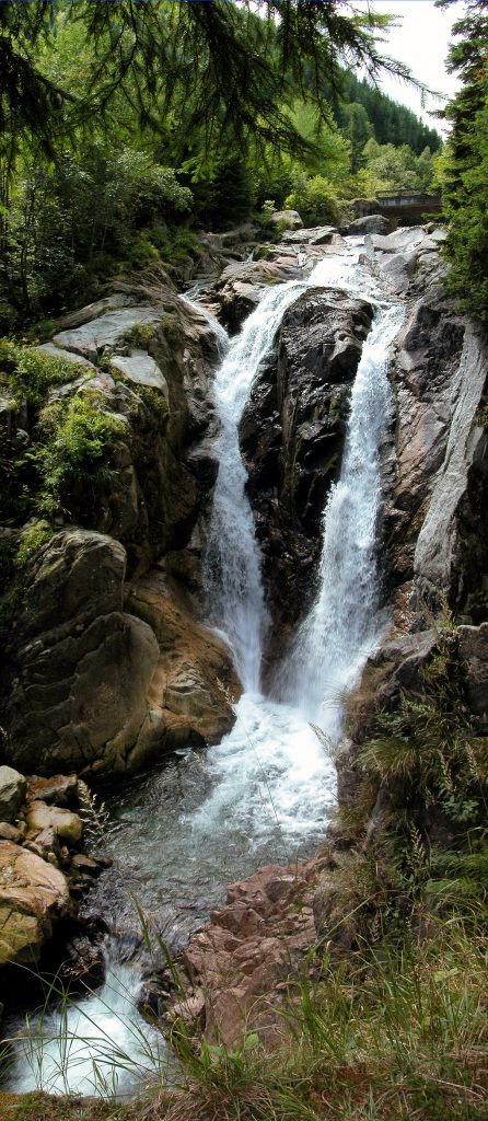 Cascada Lolaia